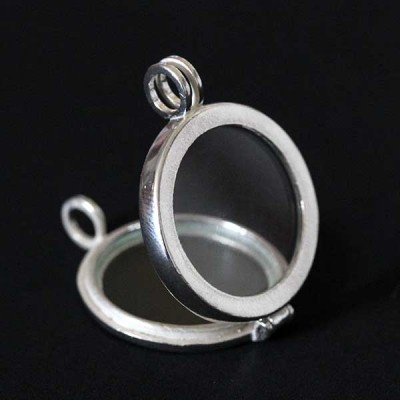 News and Releases: Capsule and Pendants Moments of Life, Rings and 925 Silver Earrings