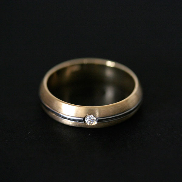 Novidades da Semana Alianças de Casamento e Noivado Anatômicas de Ouro 18k 0750 e Ouro Branco 18k 0750