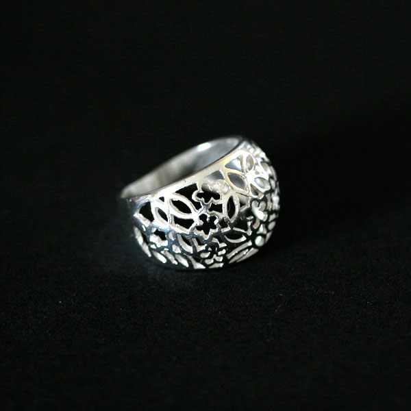 News and Releases: Steel Jewelry, 925 Silver and 18k Gold - anklets, rings, scapulars, Boxes, Earrings, Pendants, Rings, Piercings, Bangles and Bracelets