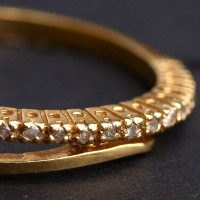 Alliance Yellow Gold with 15 Diamonds of Half Point