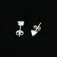 925 Silver Earrings Small Male Pyramid