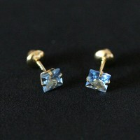 Gold Earring 18k 0750 with Blue Zirconia Stone course