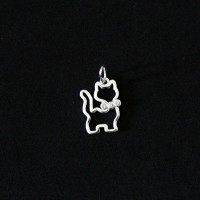 925 Silver Pendant Pet Cat Poured with Zirconia Stone