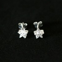 Earring 925 Silver Point Light Star with Zirconia Stone
