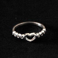 925 Silver Ring Heart and Side Zirconia