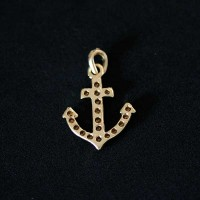Semi pendant jewelry Gold Plated Anchor with Zirconia stones