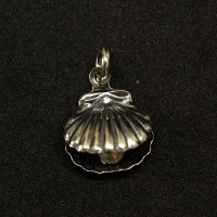 925 Silver Pendant Aged Oyster and Pearl