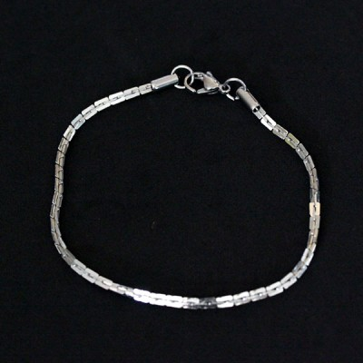 News and Releases: Stainless Steel Jewelry - Chains, Bracelets and Earrings