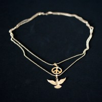 Necklace Semi Jewelry Gold Plated Pendant Holy Spirit and Peace Symbol 45cm