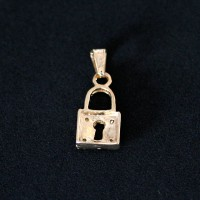 Semi Pendant Jewelry Gold Plated Padlock with Zirconia Stones