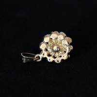 Semi Pendant Jewelry Gold Plated Flower with Pearl and Zirconia Stones